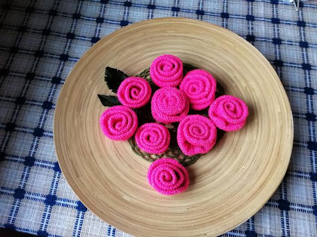 Różowe śmieci.