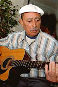 Manuel de Novas (1938-2009, músico, compositor e cantor)