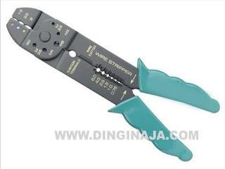 Tang kupas kabel jenis crimping tool