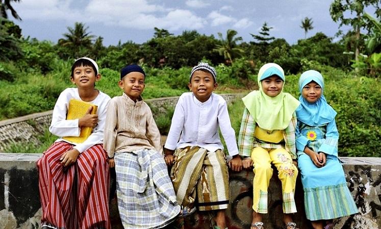 Muslim+Indonesia.jpg (747×449)