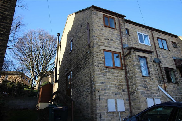 This Is Huddersfield Property - 2 bed end terrace house for sale Fenton Road, Lockwood, Huddersfield HD1