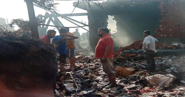 अवैध बम फैक्ट्री में धमाका 8 की मौत 20 से अधिक लोग घायल