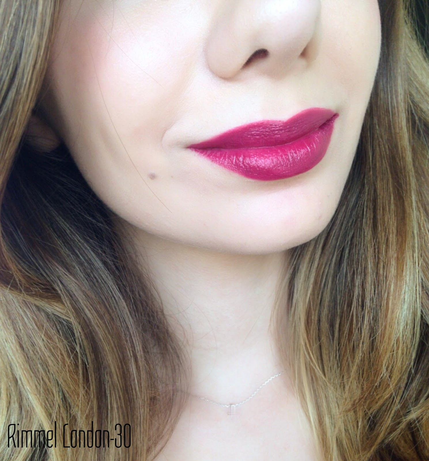 Ece Güçel Makyaj Blogu Rimmel London Kate Moss Ruj No30