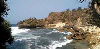 Pantai Mbuluk