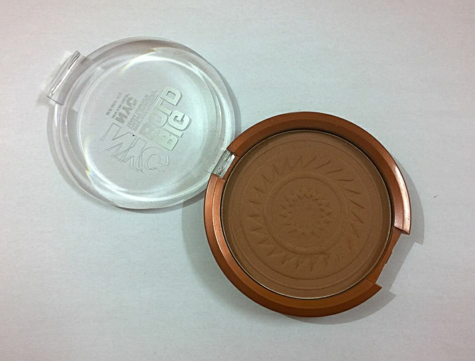 NYC Big Bold Bronzing Powder 602 MetropoliTan - Review & Swatches