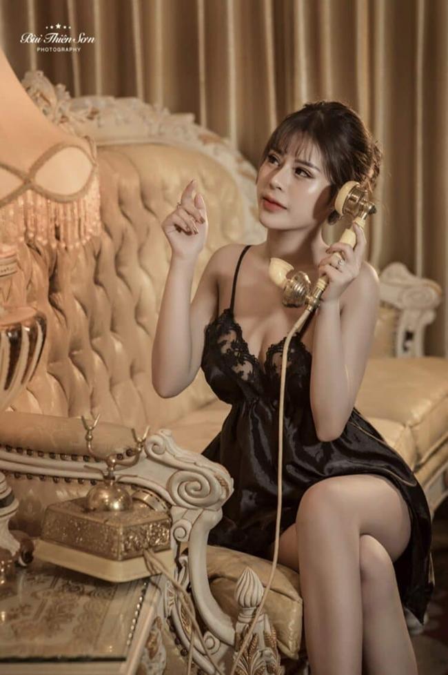 Hot girl Minh Thư 2k4 lộ clip ảnh nóng