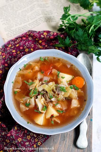 kapusniak, zupa, obiad, ziemniaki, kapusta, bernika, kulinarny pamietnik