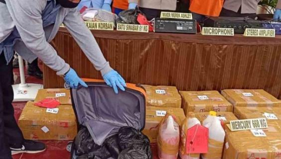 Selundupkan 668 Kilogram Merkuri, Oknum Anggota Brimob Polda Maluku Ditangkap