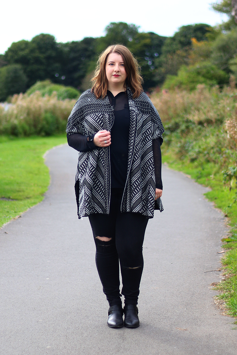 Autumn/winter outfit featuring the Papaya Curve Patterned Knitted Kimono from Matalan