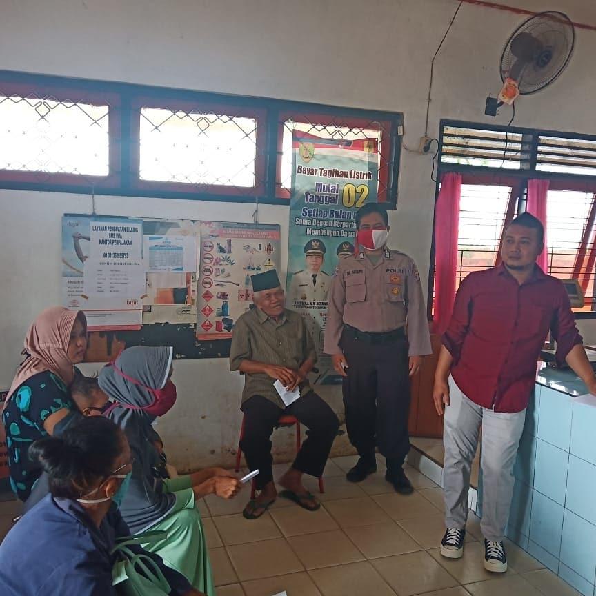 Tetap Komitmen Laksanakan Tugas, Polsek Dusun Tengah Kawal Ketat Penyaluran BST