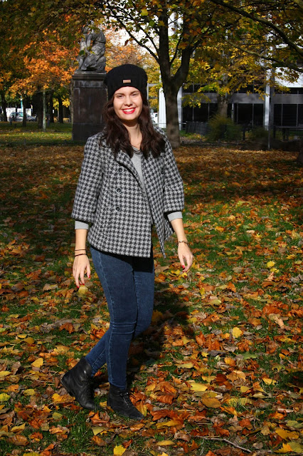 Fifty Shades of Grey Outfit OOTD Blogger Flussperle
