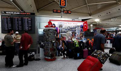 Korban tewas serangan di Bandara Ataturk meningkat menjadi 41, 10 di antaranya warga asing