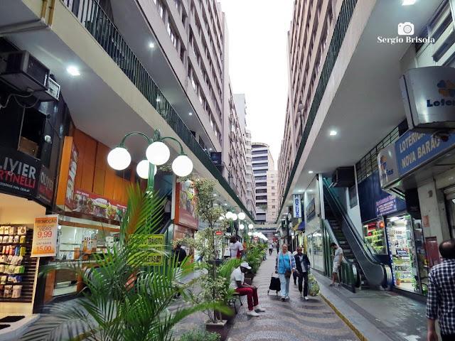 Vista ampla da Galeria Nova Barão - República- São Paulo