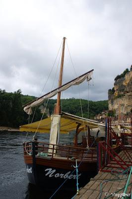Una delle tipiche Gabarre utilizzate per il tour sul fiume