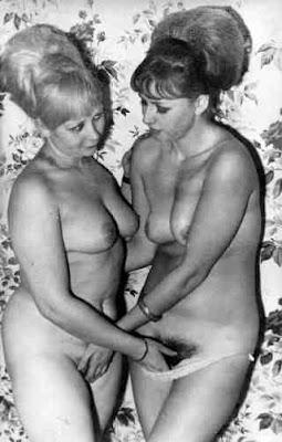 retro lesbians in lingerie