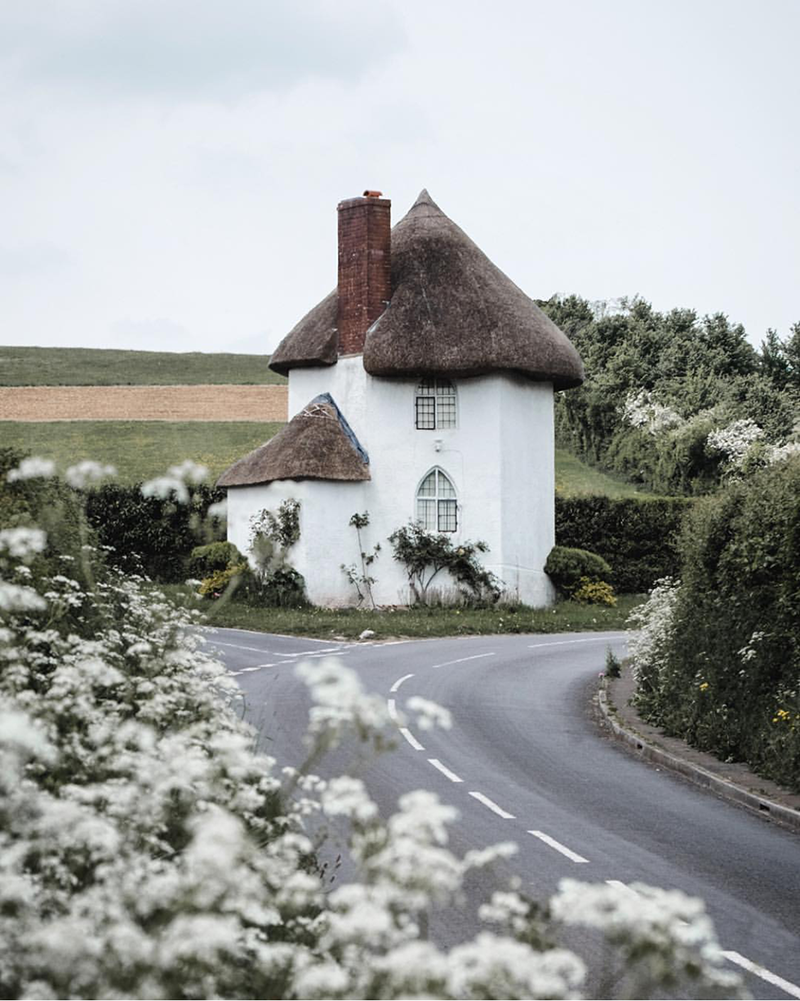 Weekday Wanderlust: Charming Villages & the English Countryside with Katya Jackson