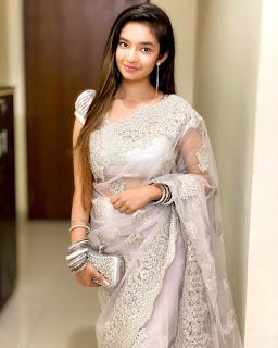 Anushka Sen]
