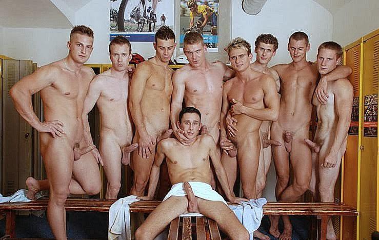 Много фото парня голого