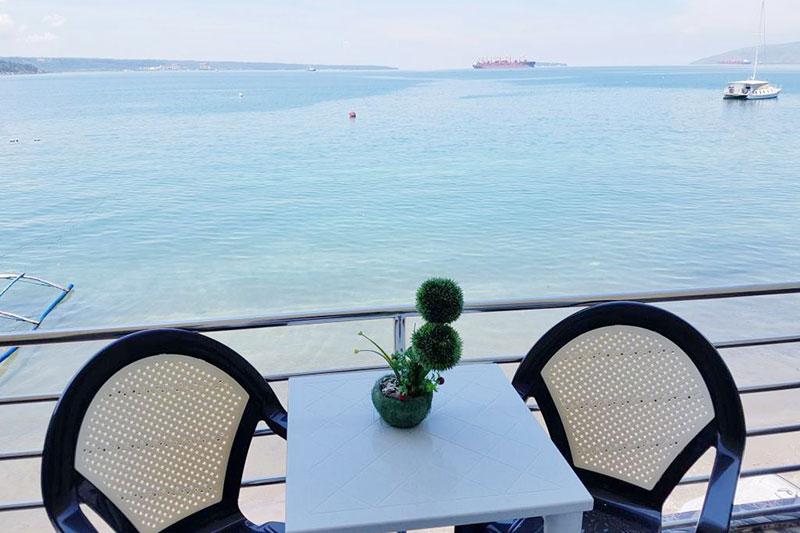 Mangos Beachfront Resort in Zambales