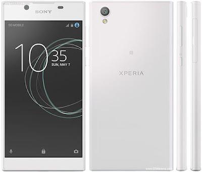 Spesifikasi Sony Xperia L1        Sony Xperia L1 menyediakan memory internal berkapasitas 16 GB, Sobat gadget juga masih dapat menambahnya dengan memasang microSD berkapasitas maksimal 256 GB kedalam slot memory external yang telah disediakan.           Beralih ke sektor kamera, HP android terbaru Sony Xperia L1 ini akan memanjakan tangan Sobat gadget untuk terus mengabadikan setiap moment. Dengan kamera utama yang mengusung lensa 13 megapixel, kamera belekangnya tersebut dilengkapi dengan bukaan lensa f/2.2 kemudian autofocus dan juga LED Flash yang akan memberikan hasil foto sangat jernih dan tajam.     Kamera belakang HP Sony terbaru ini juga dapat merekam video beresolusi Full HD 1080p@30fps, perlu di sayangkan karena belum bisa merekam video hingga beresolusi 4K. Bagi Sobat gadget yang suka selfie maka akan sangat puas dengan kemampuan kamera depan HP Sony ini, karena mengusung lensa 5 megapixel. Tentu saja foto selfie Sobat gadget akan tampak lebih cerah dan tajam hasilnya  Kelebihan   Memberikan tampilan mewah dan elegan dengan body yang terbuat dari bahan metal alumunium.  Dilengkapi Fingerprint Scanner sebagai sistem kemanan data ataupun privasi para penggunanya.  Disupport dengan koneksi jaringan 4G LTE Cat4, yang melancarkan akses internet hingga kecepatan maksimal 150/50 mbps.  Mendukung kemampuan Dual-SIM stanby yang keduanya