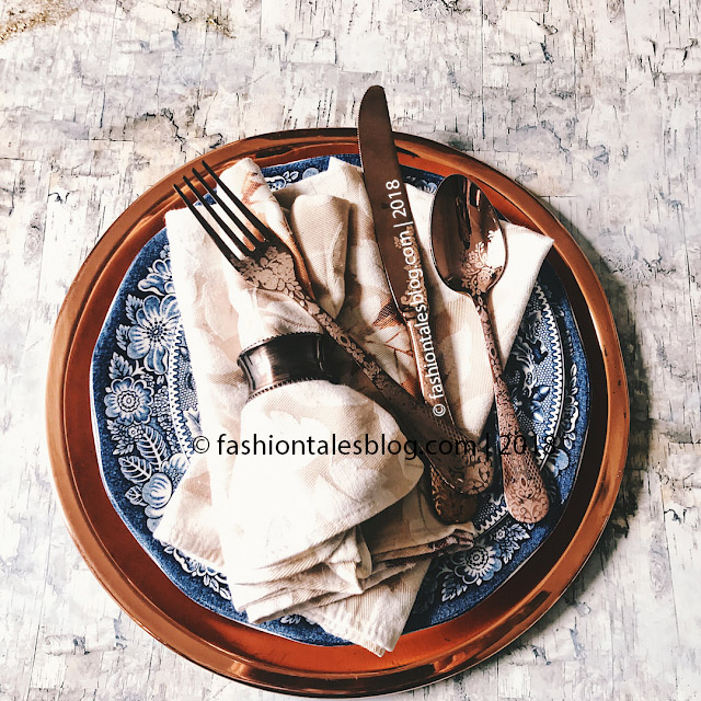 copper plate with rose gold cutlery