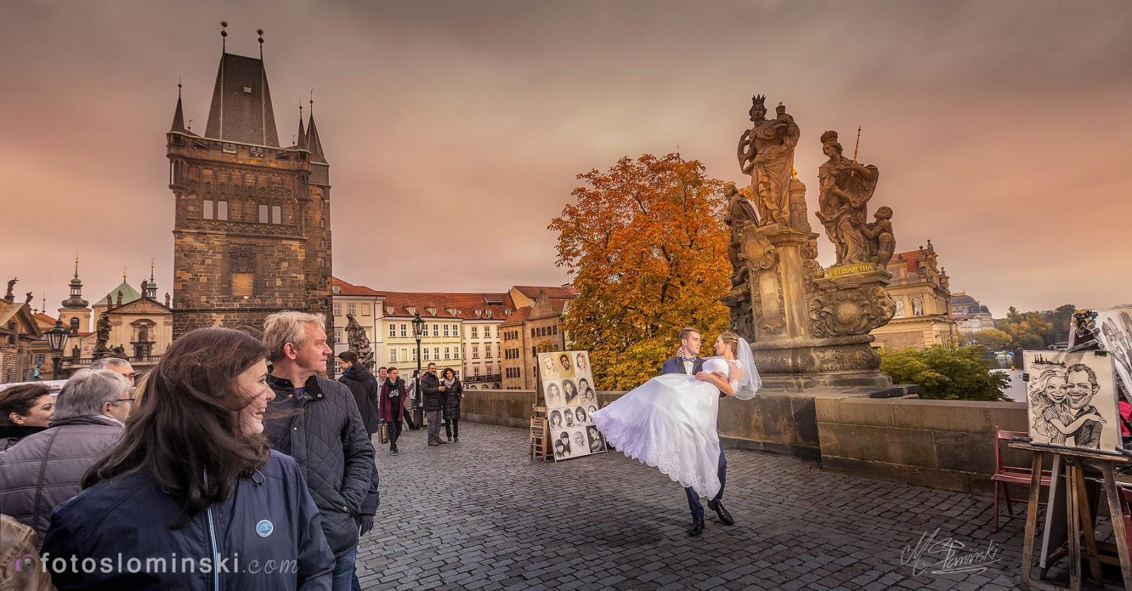 Dziś jesień i nowa -jesienna sesja ślubna, plenerowa w Pradze. Fotografia ślubna Wrocław - Michał Słomiński.