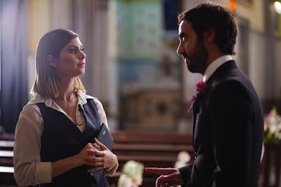 Julianne Trevisol e Gabriel Godoy em cena de (Des)Encontros. - Divulgação