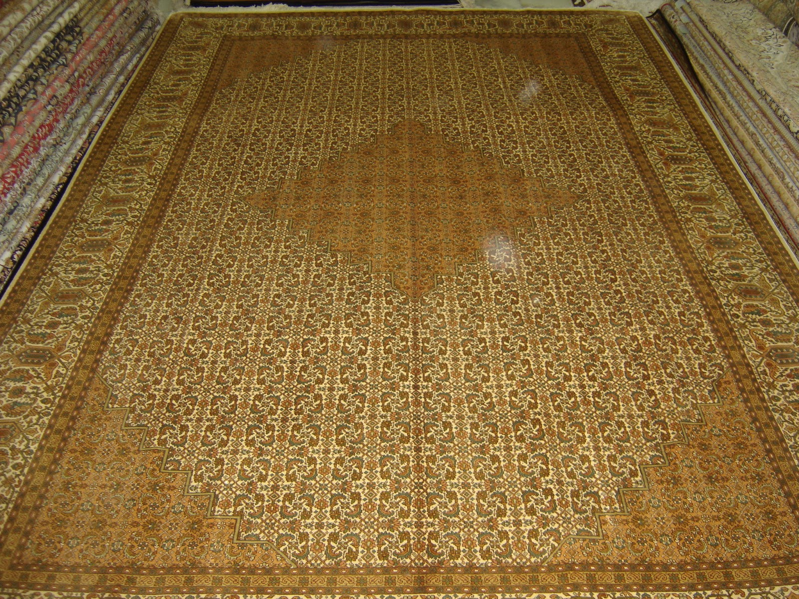 silk carpets manufacturers silk rugs suppliers india