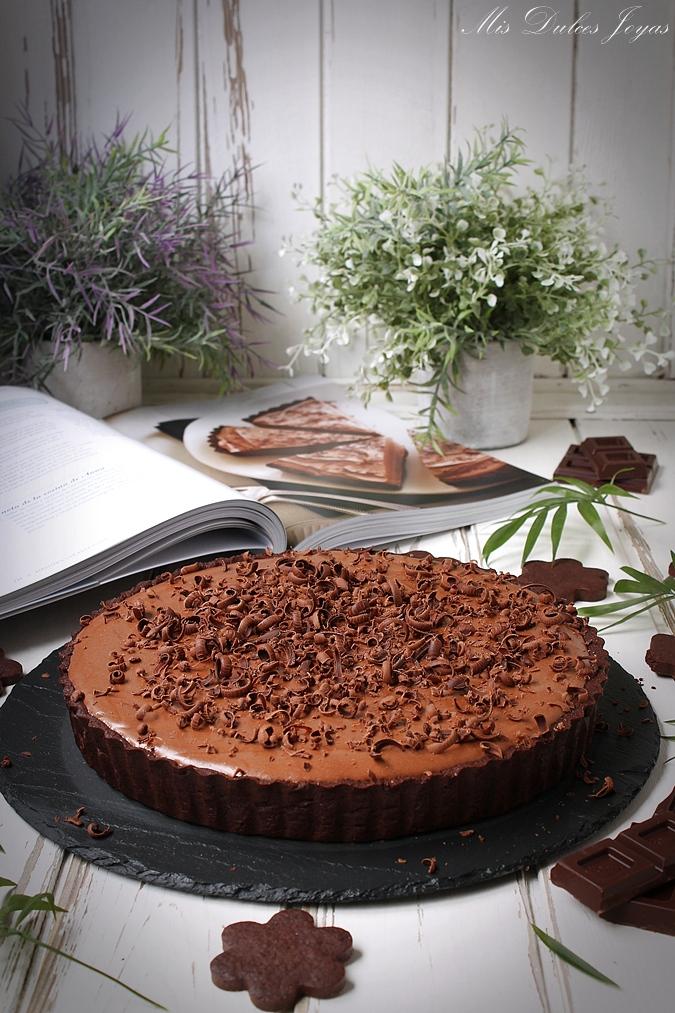 Tarta sedosa de chocolate