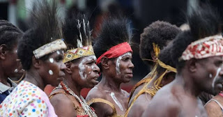 THE HISTORY AND CULTURE OF THE GWANDARA PEOPLE OF KARSHI TOWN