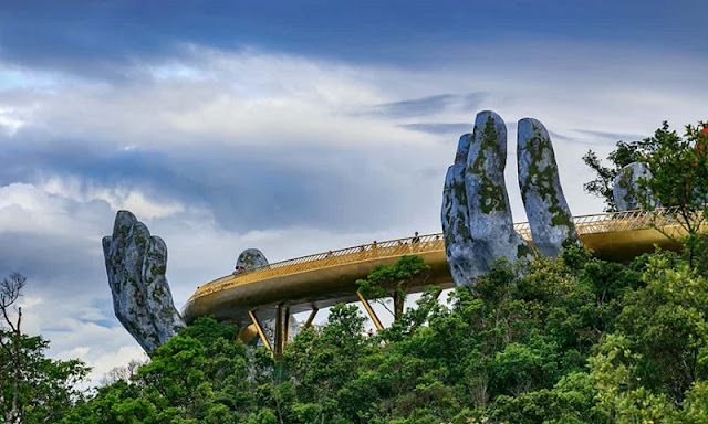 Golden Bridge Da Nang is on the list of the most impressive pedestrian bridge in the world