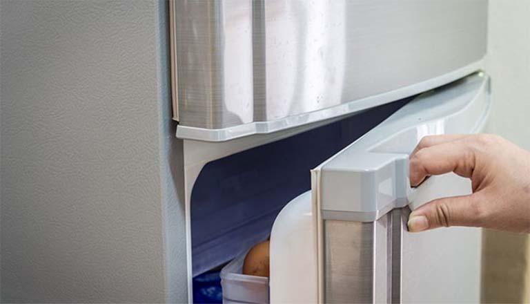 Cara Memperbaiki Suara Berisik Pada Kulkas, Ketahui Penyebabnya