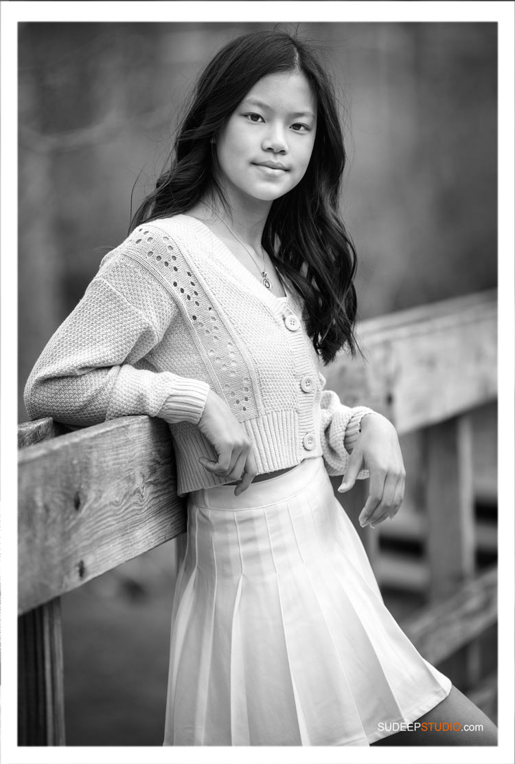 Modern Black and White Family Pictures for Teenage Girl by SudeepStudio.com Ann Arbor Family Portrait Photographer
