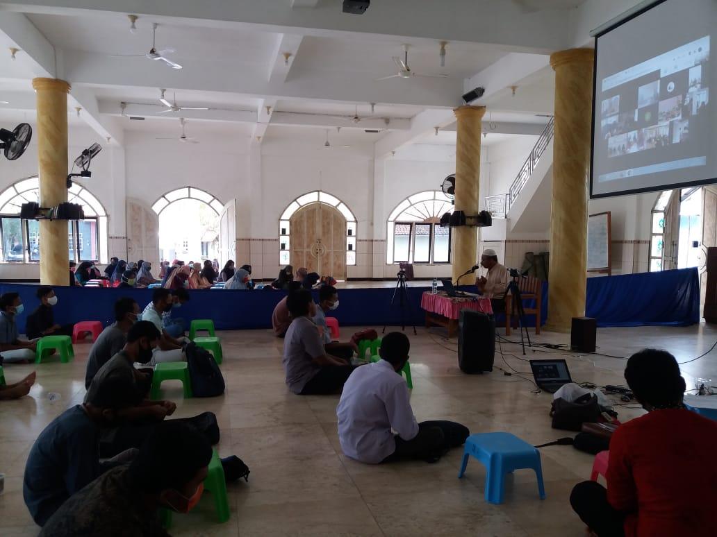 Pembinaan Generasi Muda Mewujudkan Insan Profesional Religius