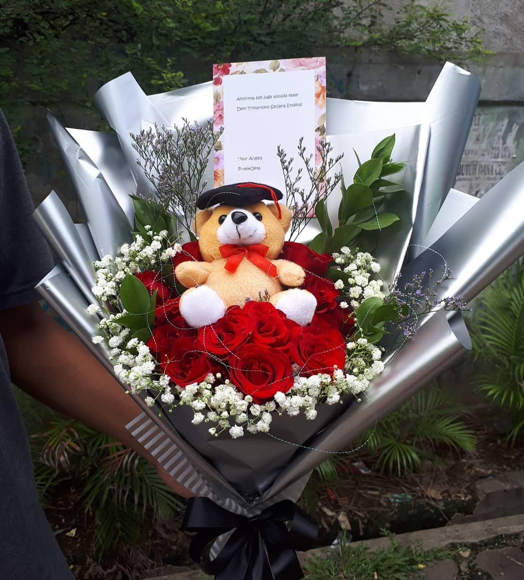 Karangan Bunga Tangan Hand Bouquet 034