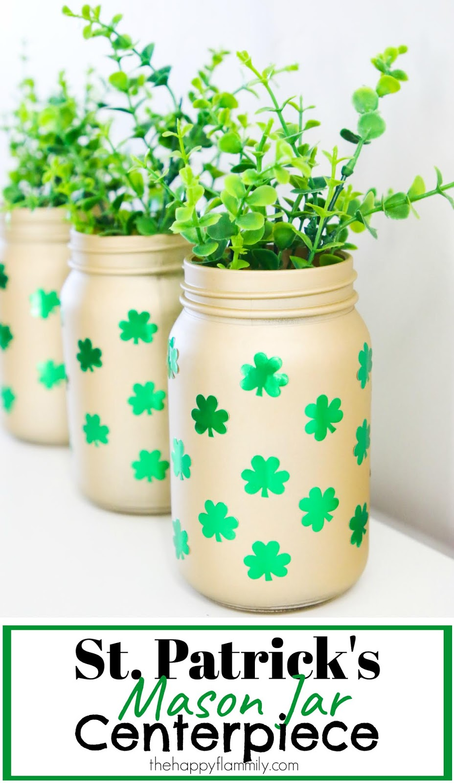 St Patrick's day decoration ideas. St Patrick's day decorations DIY. St Patrick's craft projects. St Patrick's day outdoor decorations. St Patrick's day decorations dollar tree. Hobby Lobby St Patrick's decorations. St Patrick's day decorations amazon. St Patrick's dar crafts for adults. #stpatricks #stpatricksday #crafts #diy #masonjar #centerpiece #gold #spraypaint #green #shamrocks #jars #stickers #spring #march #stpatricksDIY