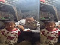 Viral: Polisi Tinggal di Gubuk Sambil Suapi Anak Bikin Haru, Meski Hanya Makan Tempe Yang Penting Dari Hasil Keringat Halal