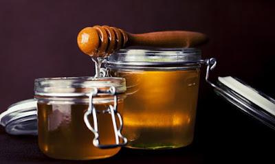 Seperti yang sudah kita ketahui bahwa madu sangat berguna untuk kesehatan Cara Mengetahui Madu Asli atau Palsu
