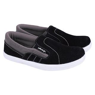 Sepatu Slip On Anak Cowok CAT 025
