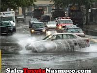 Hati-Hati Ketika Menggunakan Rem Saat Hujan Lebat