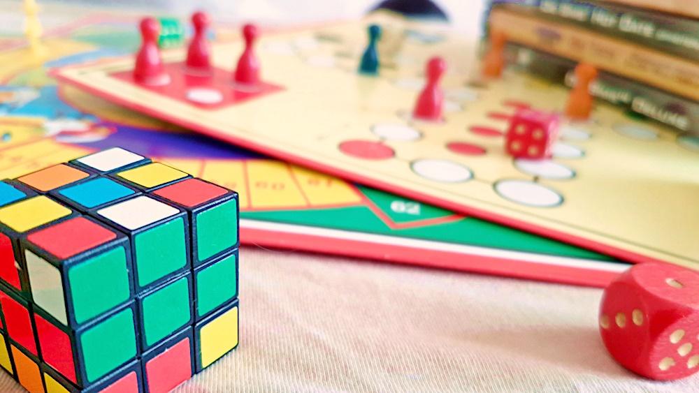Zauberwürfel und Brettspiele