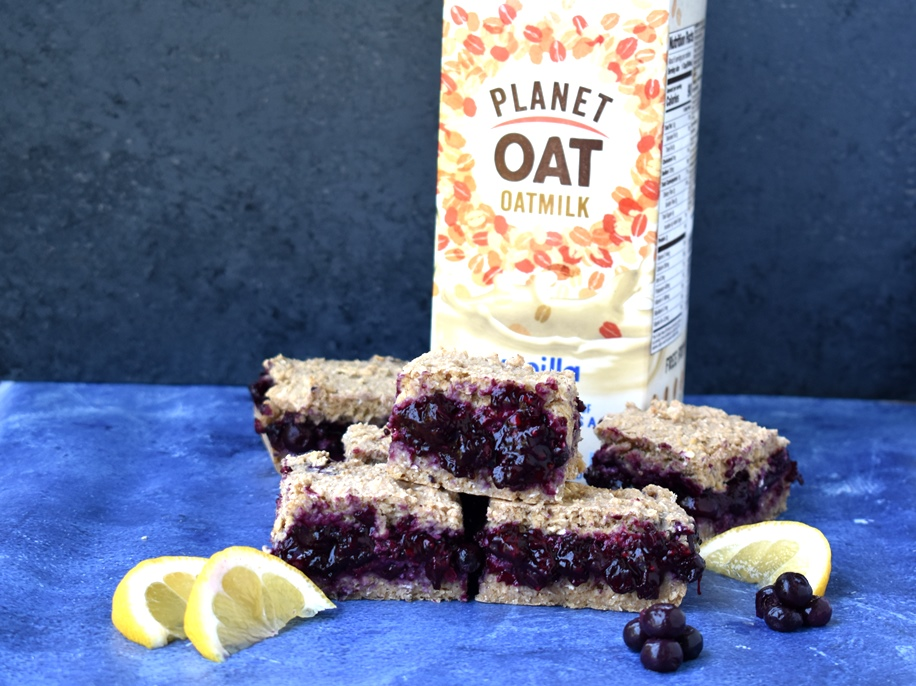 healthy blueberry pie oatmeal bars