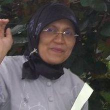 Prof. Dr. Rahmiana Zein - Penemu Teknik Kromatografi Tercepat Di Dunia