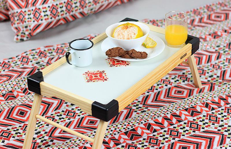 Renovando os objetos cotidianos: dê uma cara nova pra sua bandeja de servir café da manhã!
