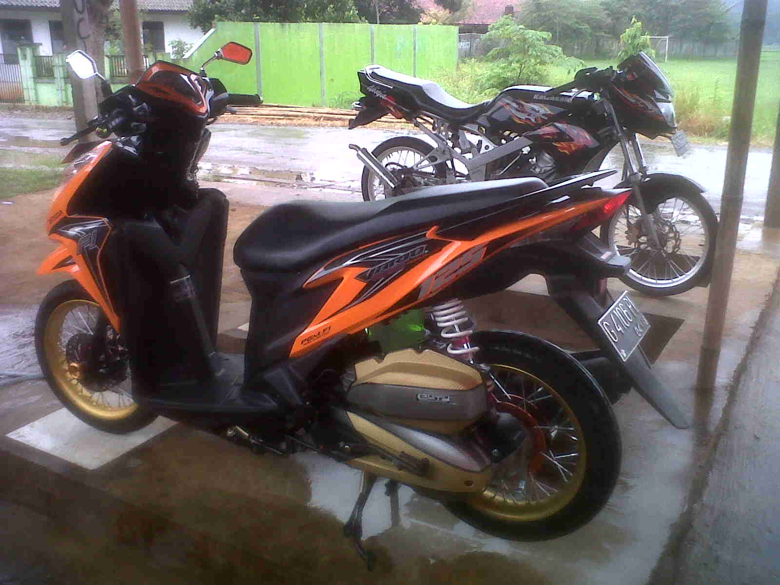 Modifikasi Vario Orange Kumpulan Modifikasi Motor Vario