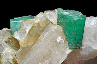 Emerald in quartz matrix