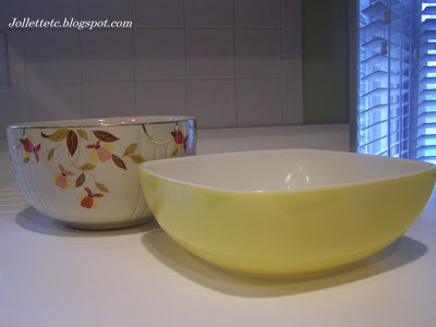 Jewel Tea and Yellow Pyrex bowls belonging to Lucille Rucker Davis
