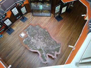 Foto maket kota Salatiga difoto dari lantai 3 perpusda