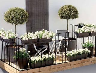 Tips Membuat Balkon Rumah Yang Sederhana Dan Nyaman