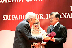 Jusuf Kalla Received Award in the Field of Peace